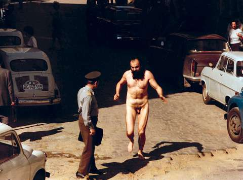 Streaking in the center of the city, action, 1971; still from the film Plastic Jesus (direction: Lazar Stojanović), Croatian Film Association